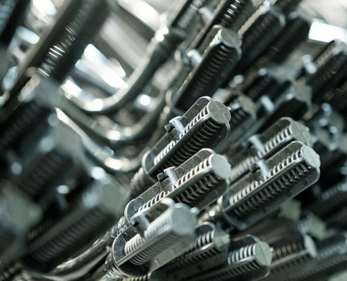 Moulding injection components